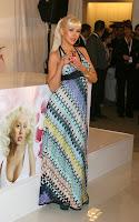 Christina Aguilera Stinks