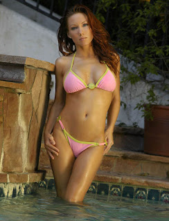 Jennifer Korbin's Hot Bikini Pictorial