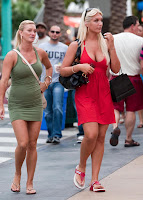 Brooke Hogan Heads Out With Her Twin