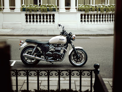 2010 Triumph Bonneville Motorcycles,Triumph Motorcycles