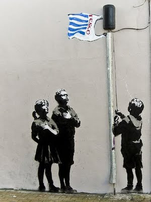 banksy graffiti wallpaper. 25 Cool Banksy Graffiti