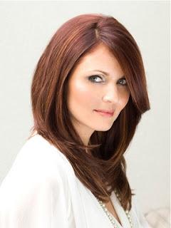 http://1.bp.blogspot.com/_38O-0FfuZcE/TQnSvZVov9I/AAAAAAAABu8/HEnJtRG-y44/s640/trend+gaya+rambut+wanita+2011.jpg