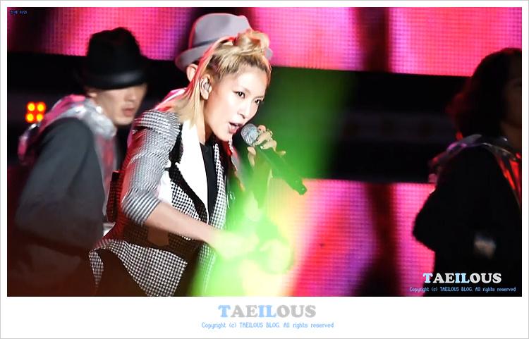 [Pics] BoA en el 6th Busan International Fireworks Festival  Download004