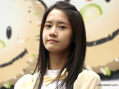 yoona_from_snsd_23092009033917