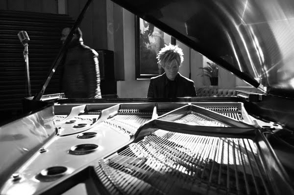 singles in culbertson Brian culbertson is an award-winning multi  amassing 30 billboard number one singles  culbertson crafted thirteen new songs that will be released as colors.