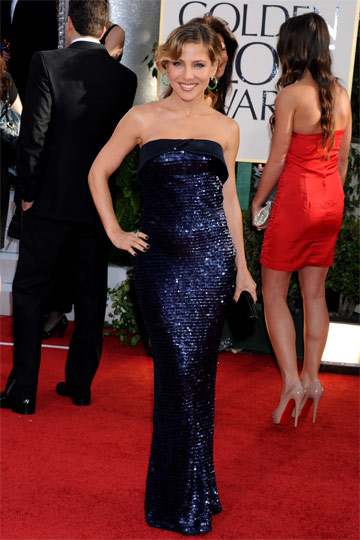 Fashion assistance golden globes 2011 red carpet for Elsa pataky zapatos