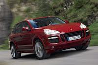 New Cayenne Diesel from Porsche front view