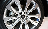 2011New  Hyundai Sonata (base price $19,195) wheel view