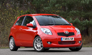 2010 Toyota Yaris Sport  review front view