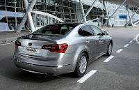 2011 Kia Cadenza (base price $26,195) back eagle view