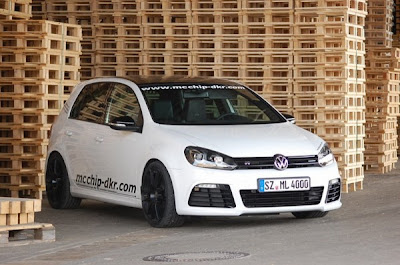 2010 Volkswagen Golf R New software front view