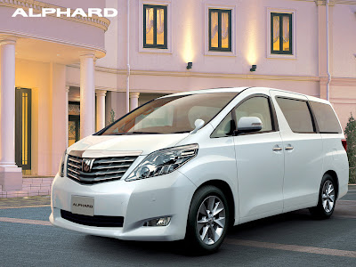 2011 Toyota Alphard with Queens of The Magical front vew
