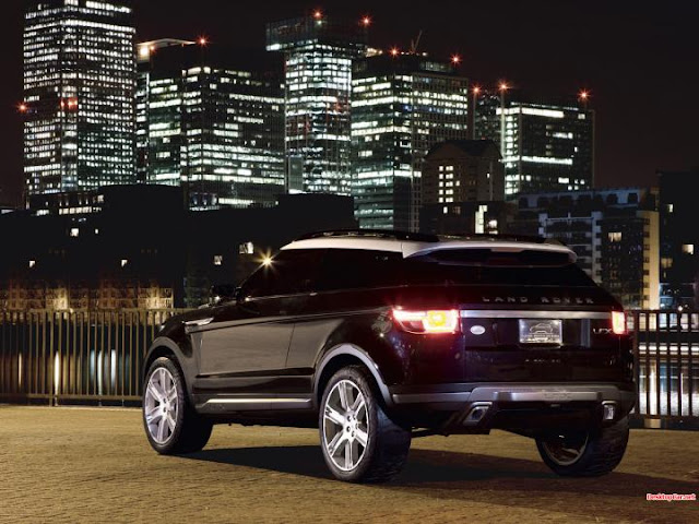 Land Rover Wallpaper sport back view