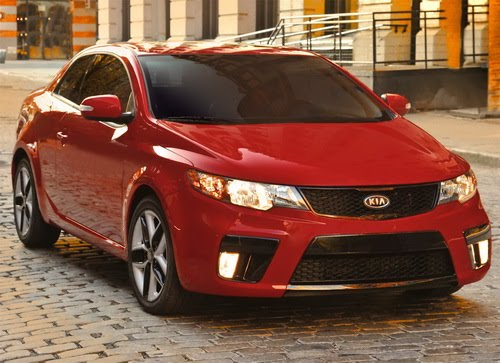 Reviewing the 2011 Kia Forte