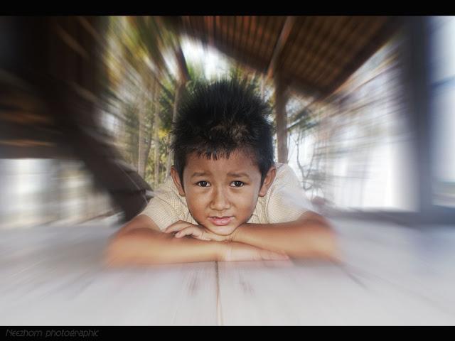 gambar potret Adam Mikhaeil
