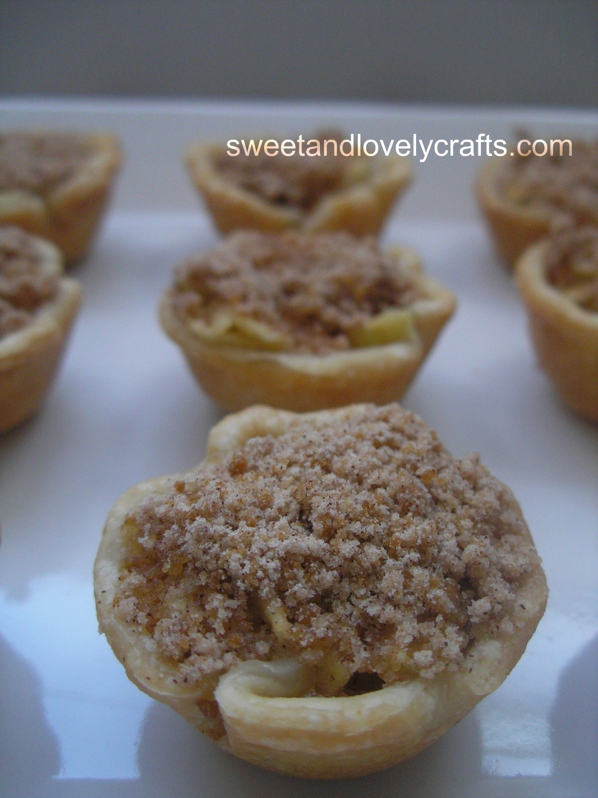 how to make mini apple tarts