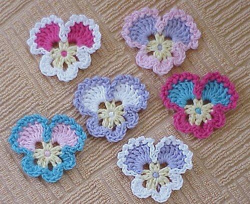 [tığ+işi+menekşe+motifi+crochet+violet.jpg]
