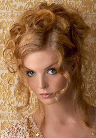 long curly prom hairstyles for girls 2010 winter. Prom Curly Hairstyles