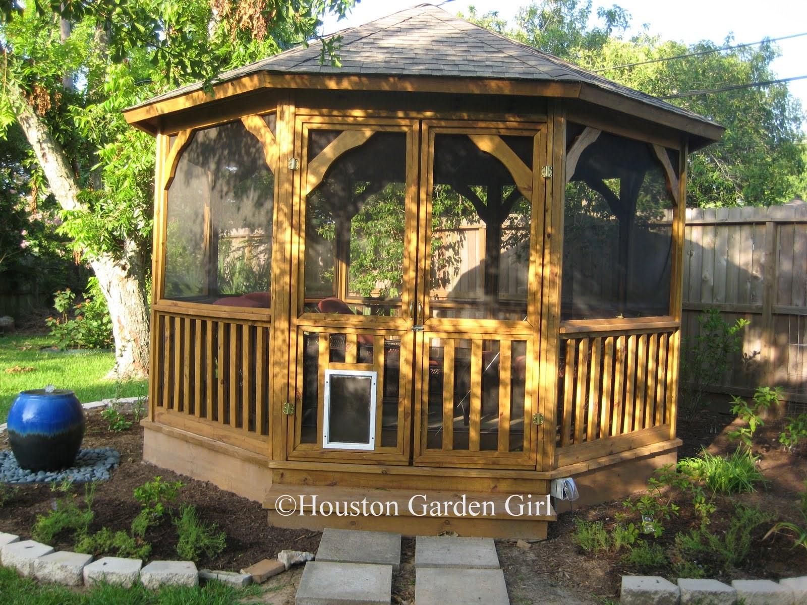 Houston Garden Girl: Relaxin in the Gazebo