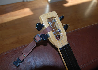uke leash headstock loop