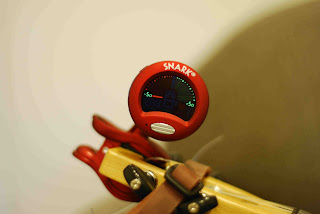 snark ukulele tuner
