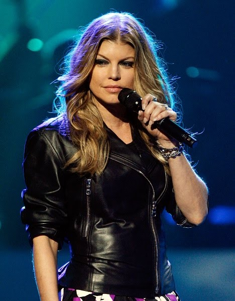 fergie leather jacket Addicted Young Female Smoker   2 20 10 011