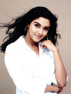 Asin hot kollywood actress18122008