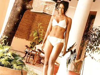 hot Sameera Reddy in bikini