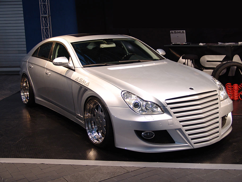 Modified body kits mercedes benz image gallery 1 for Mercedes benz body kit