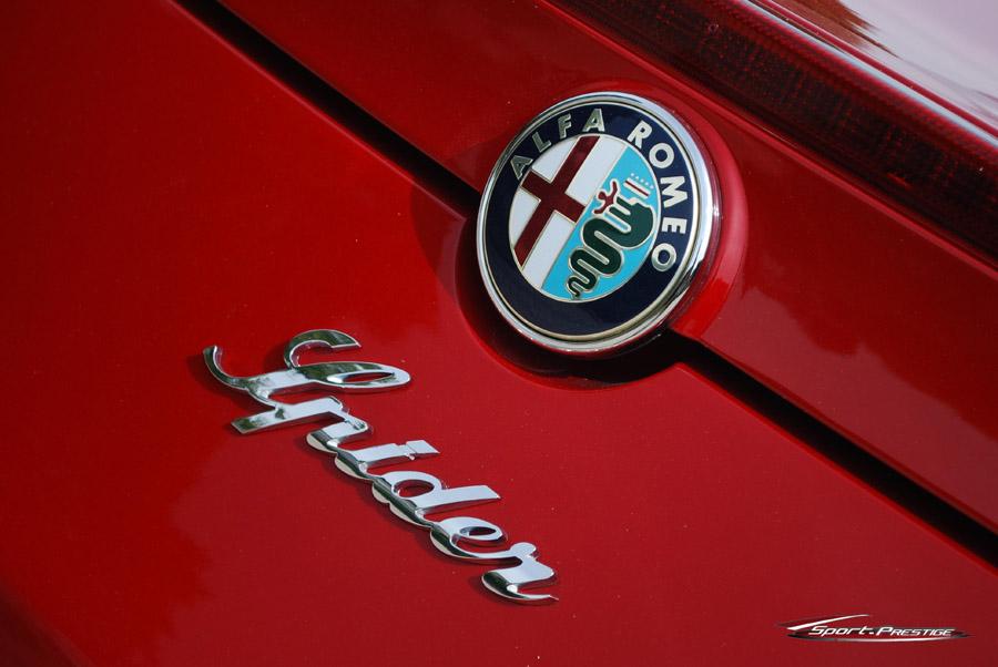 Alfa Romeo Spider 1750 TBi