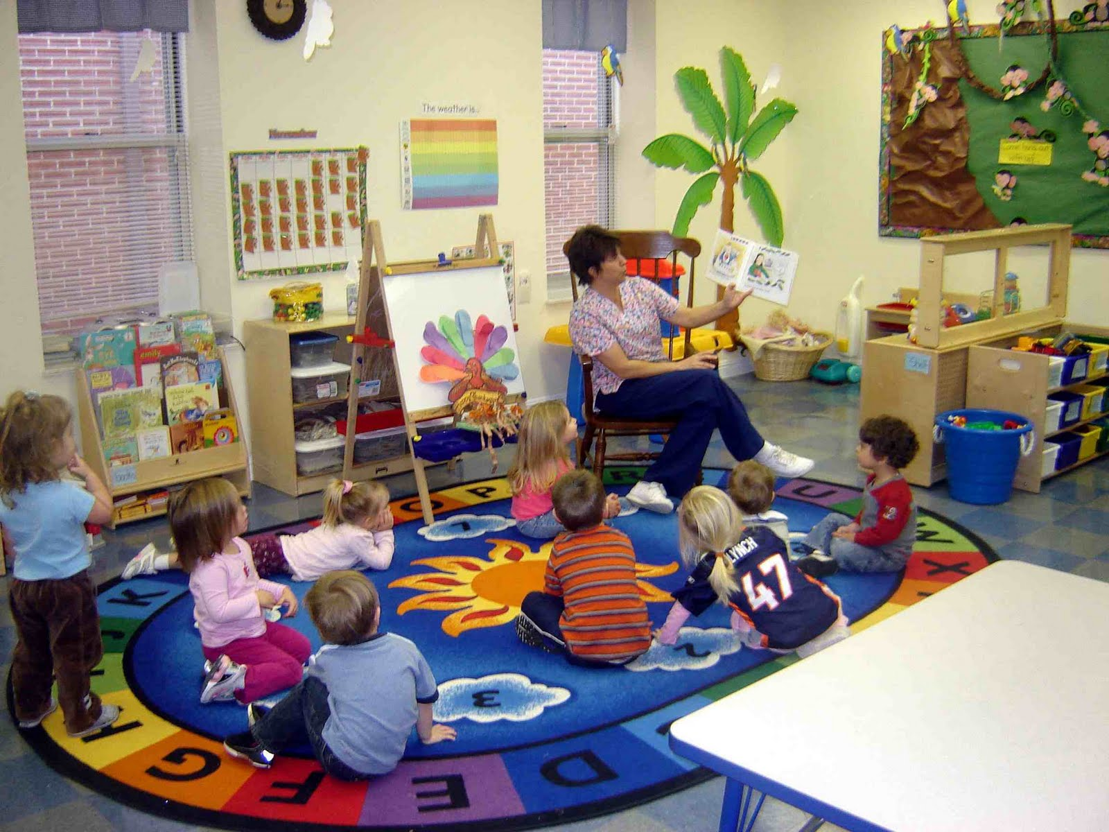Classroom Ideas For Toddlers : Literacy families and learning helping toddlers to