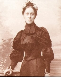 Mary Kingsley - 1895
