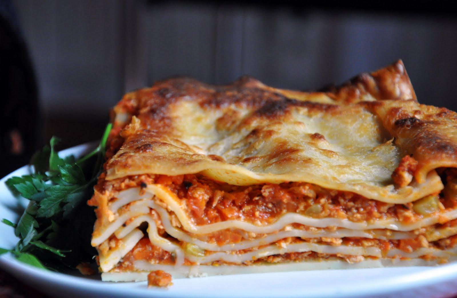 The Mediterranean Vegan: Lasagne alla Bolognese