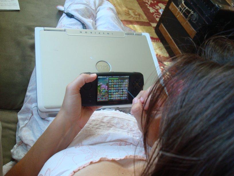 Tonya+Playing+Caanoo+Propis.JPG
