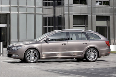 Skoda Superb Combi 2010 price