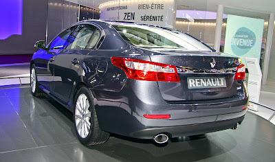 http://1.bp.blogspot.com/_3Nq7CKYaRdQ/TKY5UkWGxhI/AAAAAAAAVXk/ydowdIMsqPc/s1600/Renault+Latitude+2011+Live.jpg