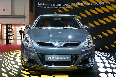 Exploratory model 2011 Hyundai i20 Sport Edition live in Paris
