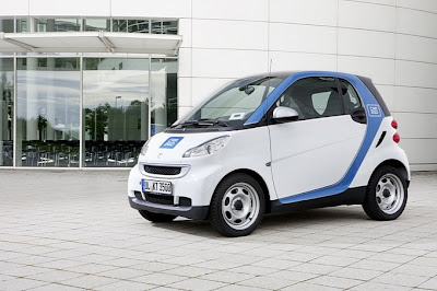Special edition smart fortwo car2go 2011 photo