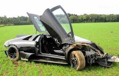 Accident  Lamborghini Murcielago LP670 SV-4 in Germany