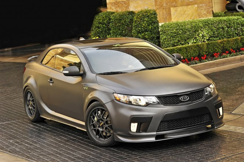 2012 concept kia forte koup type r photos and details. Black Bedroom Furniture Sets. Home Design Ideas