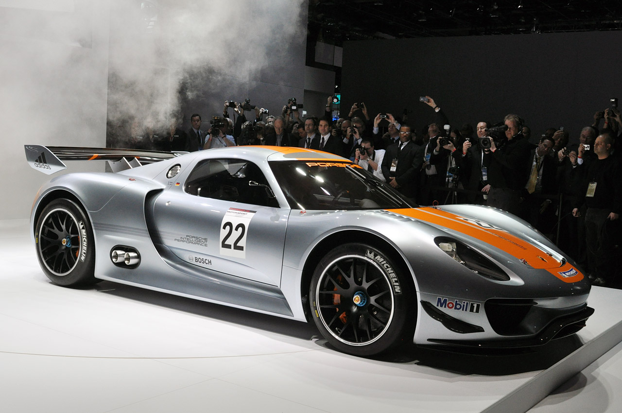 http://1.bp.blogspot.com/_3Nq7CKYaRdQ/TSs4CYB_3EI/AAAAAAAAbQA/ofAKAnkMfDU/s1600/Detroit-Auto-Show-2011-Porsche-918-RSR-Coupe-live-5.jpg