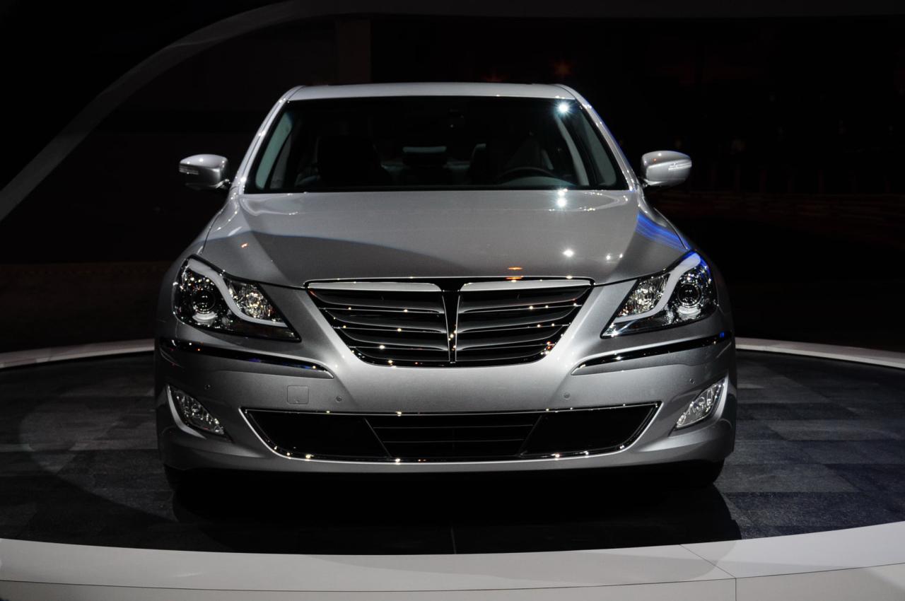 2012 Hyundai Genesis R Spec Sedan Chicago Auto Show 2011