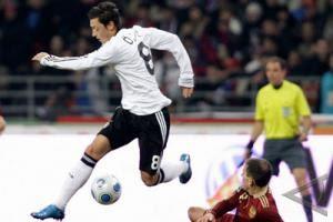 Jelang Jerman vs Turki, Ozil Janjikan Loyalitas