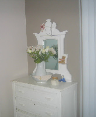 All th ngs pr ssy bedside carafe for Waynesboro taupe benjamin moore