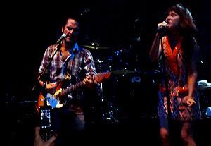 Sr.Nadie y Eva Amaral - Ecopop 2010