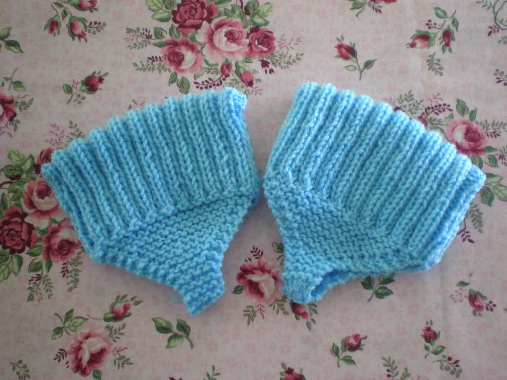 Knit Pattern Baby Booties : Knitted Bed Socks