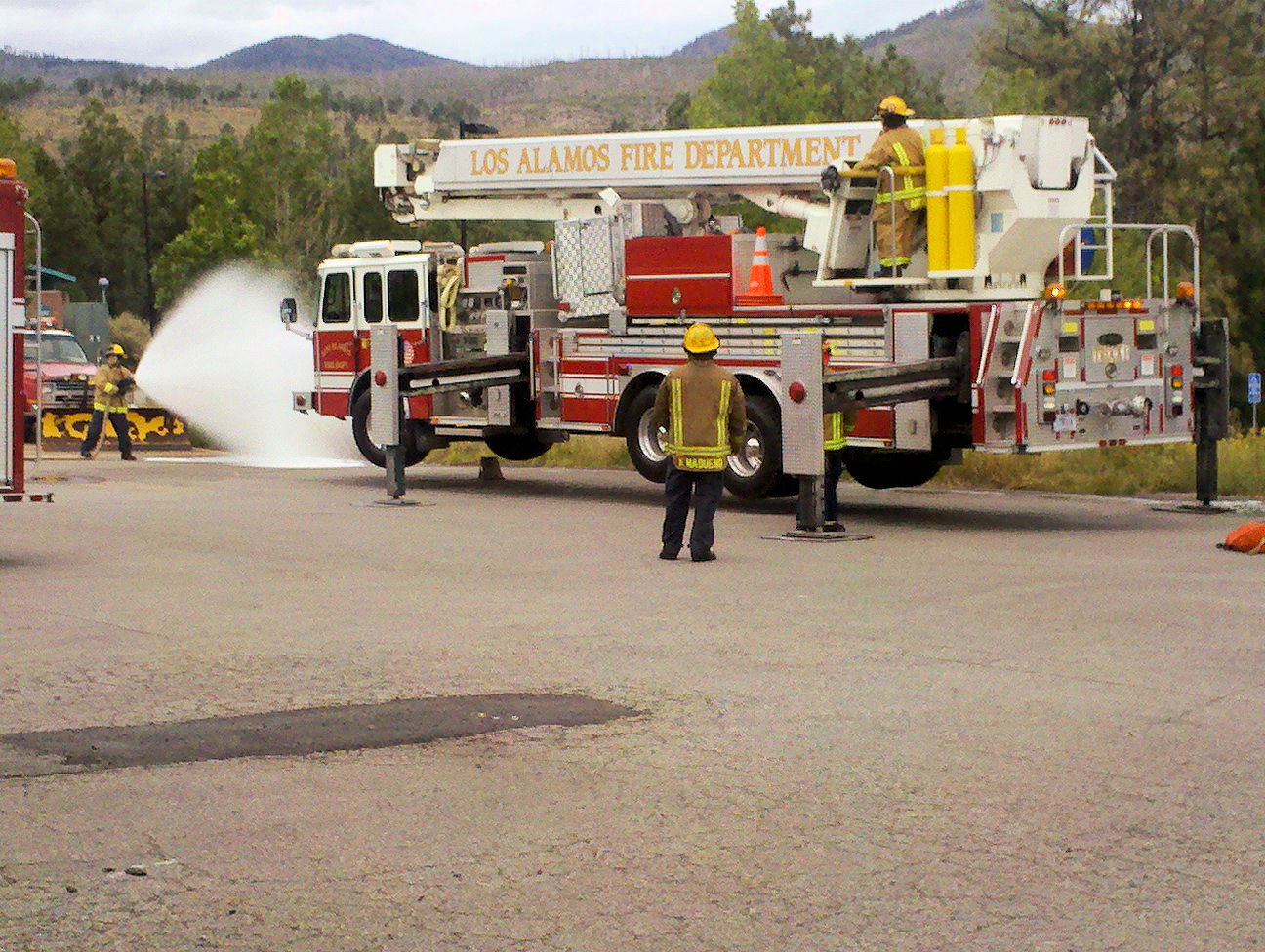 New mexico los alamos county los alamos - The Los Alamos County Fire Department Serves Both Los Alamos County As Well As Being The Fire Department For The Los Alamos National Laboratory And Is A