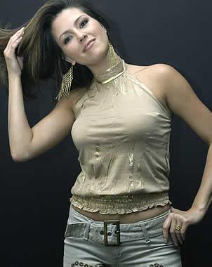 Alicia Machado Hairstyles 06
