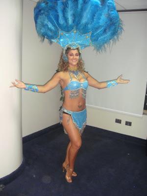 Pamela Mármol como garota