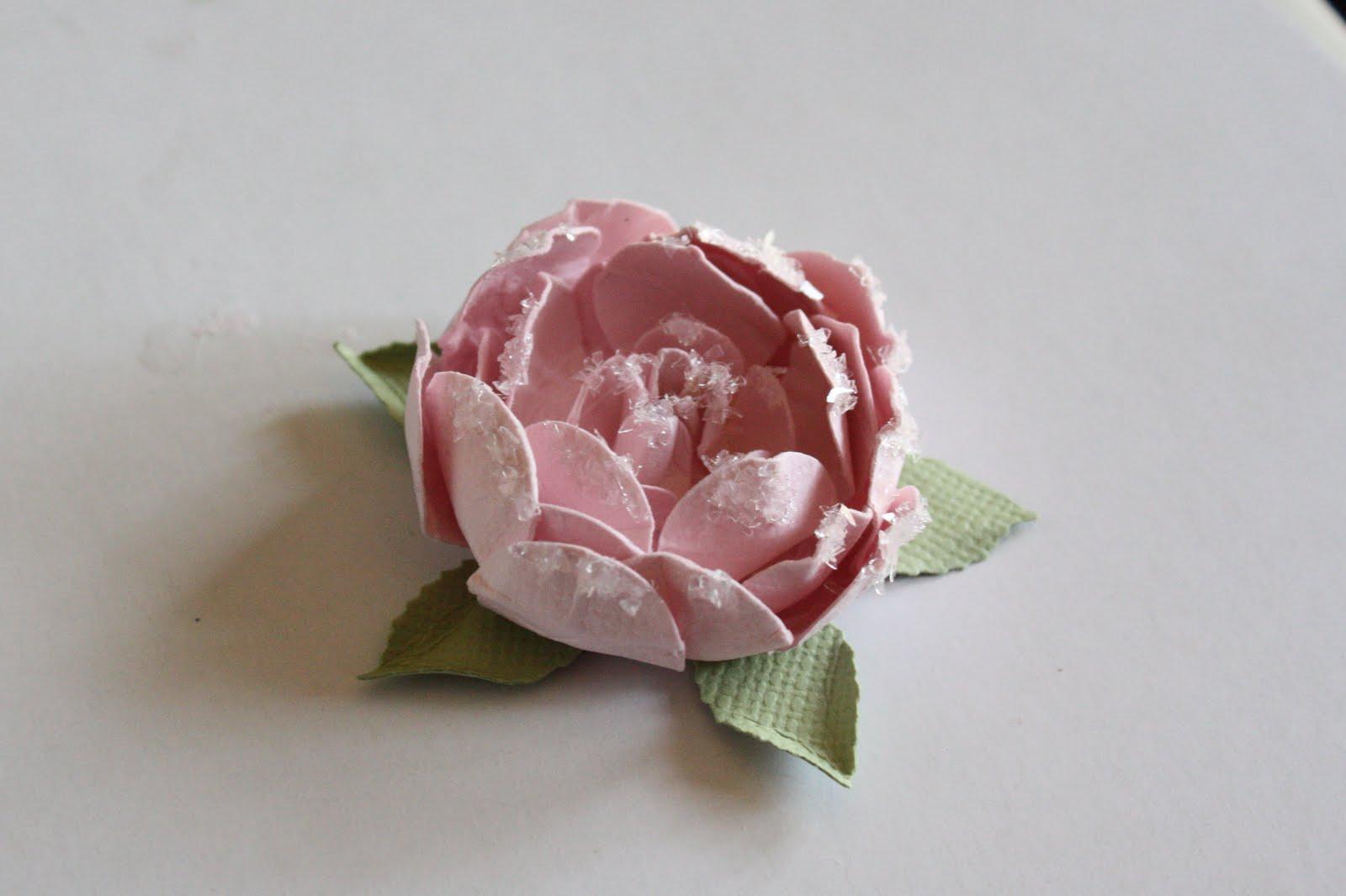 92. Роза из широкой ленты.